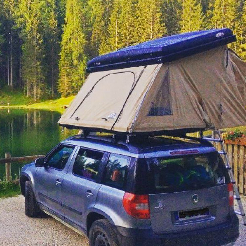 tente de toit hussarde na tup pour camper dans la nature. Black Bedroom Furniture Sets. Home Design Ideas