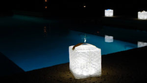 lampe terrasse solaire design solarpuff 2