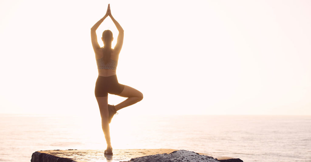 vêtement yoga femme : ma tenue écologique